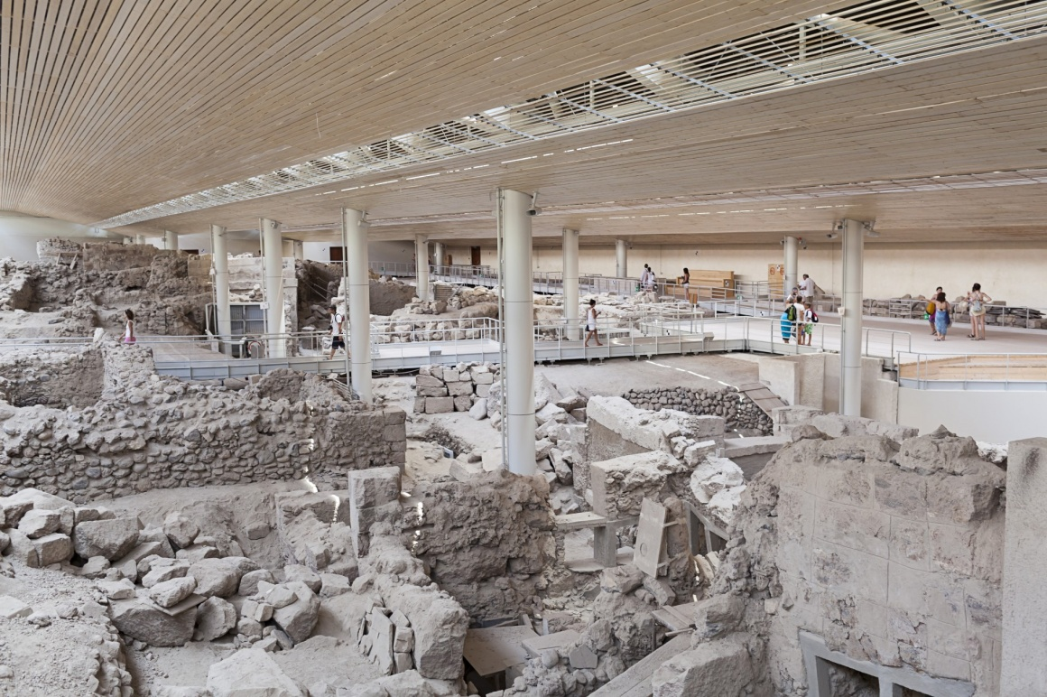 'Akrotiri,excavation site of a Minoan Bronze Age settlement on the Greek island of Santorini ' - Σαντορίνη