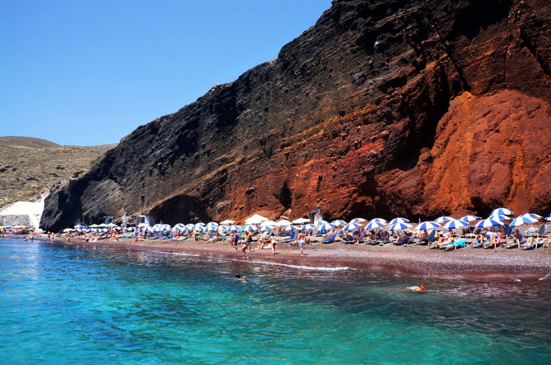 'Seascape and red beach of Santorini island, Greece' - Σαντορίνη